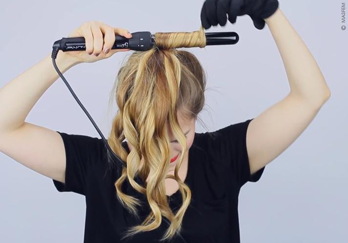 как накрутить короткие волосы на плойку видео